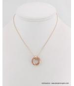 Collier pendentif cercles métal et strass rose doré