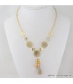 Collier coeur et rosace en filigrane, strass, verre et pompon beige