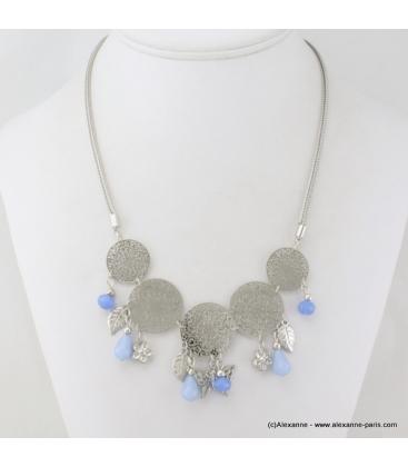 Collier en filigrane, cristal et métal bleu