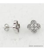 Boucles d'oreilles trèfles métal et strass argenté