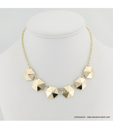 Collier hexagone en métal