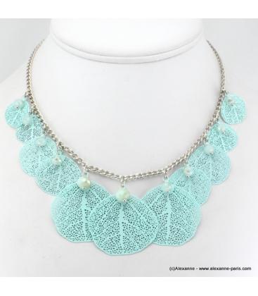 Collier feuille en métal et cristal bleu