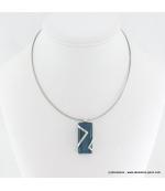 Collier rectangulaire oeil de chat en métal et verre bleu