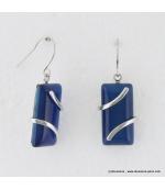 Boucles d'oreilles rectangulaire et branche métallique oeil de chat en verre bleu foncé