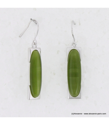 Boucles d'oreilles rectangulaire oeil de chat en métal et verre vert