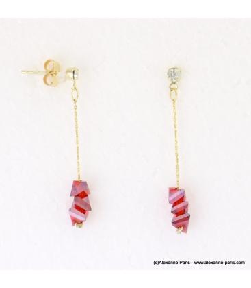 Boucles d'oreilles pyramide cristaux Juliette rouge