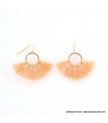 Boucles d'oreilles Pompon Pénéloppe rose nude