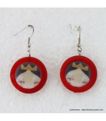 boucles d'oreille Reine de coeur rouge